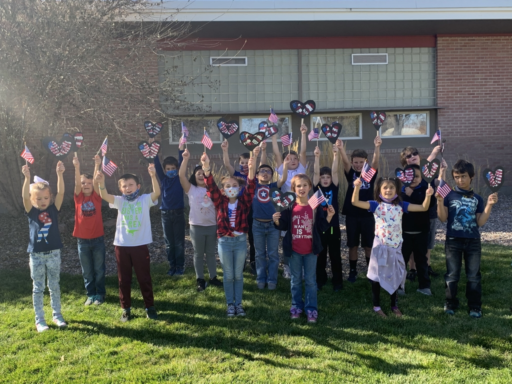 2nd Grade Thanking our Veteran's!