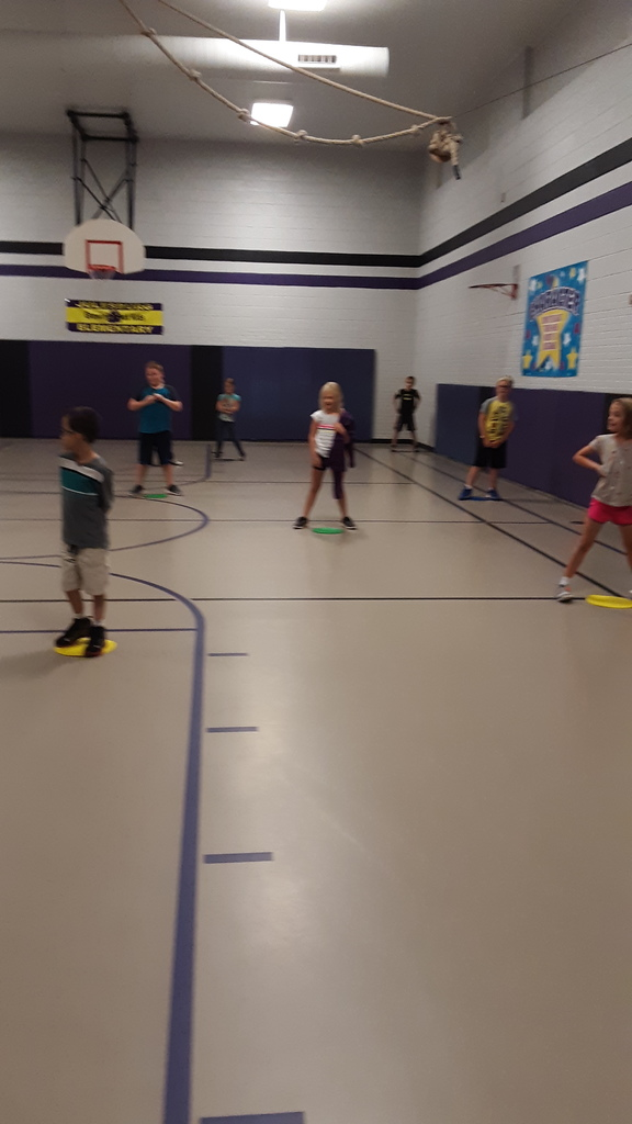 "2nd Grade finding ""Personal Space"" in P.E."