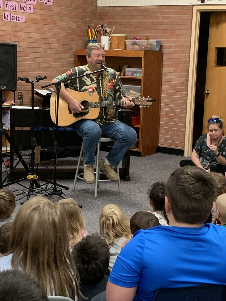 Dan Crow Performing for JES Students