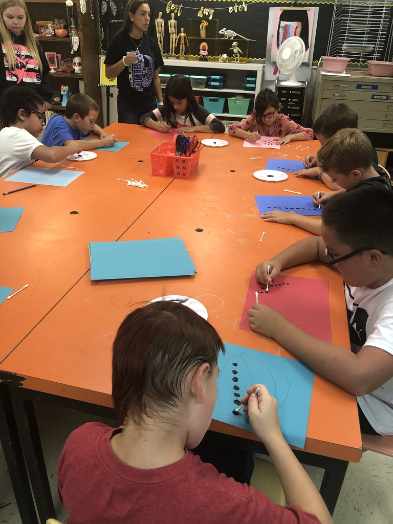 3rd graders recently began their dot pumpkin art pieces inspired by artist Yayoi Kusama.  We are looking forward to our next phase on Friday!