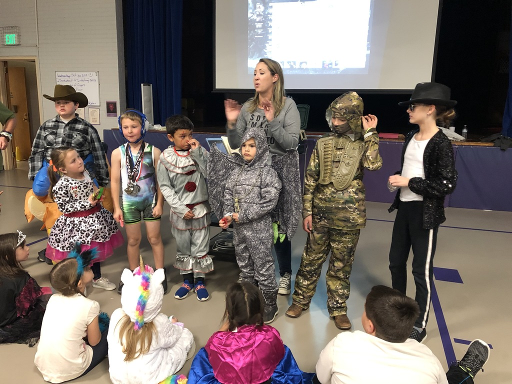 JES costume contest